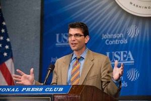 Commenting on the energy and climate change perspectives of the Obama presidential campaign at the Forum was Jason Grumet, Executive Director, National Commission on Energy Policy.