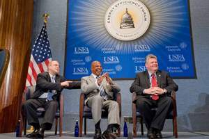 Mayors Douglas Palmer (Trenton, NJ), Gregory Nickels (Seattle, WA), and John Brenner (York, PA) participate in a lively dialogue about energy initiatives at the local level.