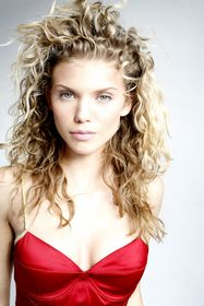 '90210's' AnnaLynne McCord will perform as a celebrity guest Siren during an exclusive production from the cast at the Sirens of TI 5th Anniversary Bash at Christian Audigier The Nightclub on October 25.