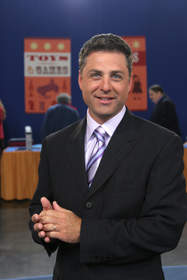 Antiques Roadshow host Mark L. Walberg