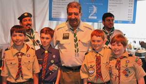 HH Prince Faisal bin Abdullah bin Mohammed, Saudi Arabia's Minister of Education and President of the Saudi Arabian Boy Scouts Association and Scouts from the Boston Minuteman Council of the Boy Scouts of America on May 9, 2009.