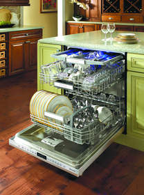 Thermador dishwashers deliver power and versatility to meet the needs of demanding home chefs