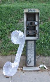 Noted artist and Scotch Off The Roll Tape Sculpture Contest judge, Mark Jenkins, created a larger-than-life telephone receiver from Scotch Packaging Tape.