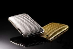 Luminous Silver and Elegance Gold iPhone 3G/3Gs cases with stunning design