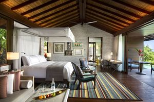Standard Suite at The Four Seasons Seychelles designed by HBA/Hirsch Bedner Associates