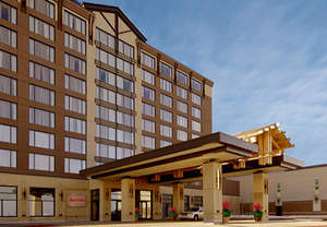 Edmonton luxury hotel