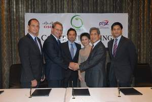 (L-R): Miguel Alava, Cisco Sales Director for Services; Christian Hentschel, Cisco Managing Director of Emerging Countries; Stephen Misa, Cisco Philippines Country Manager; Lisette Mangonon, Sales Director at DTSI Inc; Jeffrey Campos, Greenfield Chairman and Duane Santos, Greenfield General Manager and Executive Vice President. [25th February 2010, Shangri-La Hotel, Mandaluyong City, Philippines]