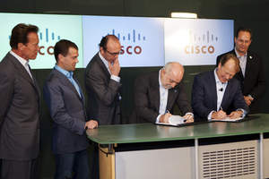 L-R California Governor Arnold Schwarzenegger; President of the Russian Federation Dmitry Medvedev; Andrey Shtorkh (Member of Executive Board, Official Representative of the Renova Group); Vikto F. Vekselberg (Chairman of the Supervisory Committee of the Renova Group); John T. Chambers, chairman and chief executive officer, Cisco; Marthin De Beer, SVP Emerging Technologies Group for Cisco