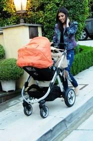 baby stroller, luxury stroller, celebrity moms, UK strollers, best strollers, new strollers