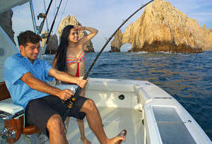 Fishing season heats up in cabo san lucas for Cabo fishing seasons