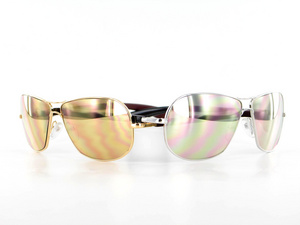 In honor of its 15-year anniversary, Gold & Wood introduces its gold-colored Special Anniversary Edition aviators, which are coated with 24 carat yellow gold on the female H06 model and 18 carat white gold on the male H09 model.