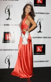 Miss California USA 2010 Nicole Johnson