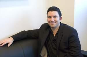 Optimedia¿s Greg Kahn Wins Top Honors From AdAge, Adweek