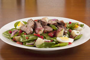 Steak & Potato Salad (Weight Watchers PointsPlus value: 8): Fresh spinach, red peppers and onions, tomatoes and fresh basil tossed in a creamy Dijon vinaigrette, then topped with hard-boiled eggs and tender grilled sirloin steak, sliced and served over herb-steamed potatoes.