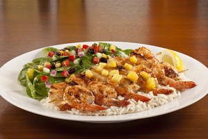 Spicy Pineapple Glazed Shrimp & Spinach (Weight Watchers PointsPlus value: 8): Two pineapple glazed skewers of grilled shrimp atop white rice, served with a tender spinach salad with black bean and corn salsa and diced cucumbers.