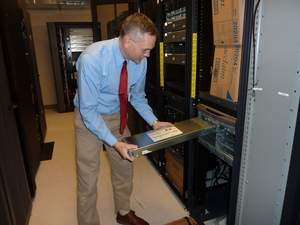 Michael Heil Installing Cisco UCS B-Series Blade in UCS Chasis