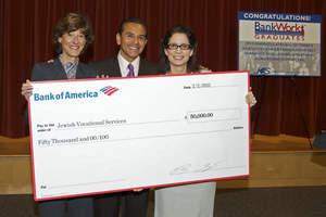Mayor Villaraigosa and Bank of America JVS check presentation