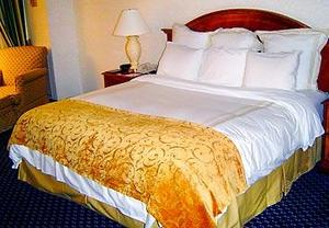 mobile alabama airport hotels