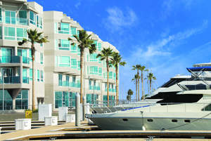 Luxury waterfront apartments in Marina del Rey