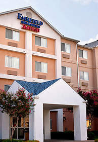 Plan your stay at the Fairfield Inn and Suites by Marriott hotel in Fort Worth.