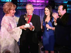 Hugh M. Hefner receives Thalians 2011 Mr. Wonderful Award from Ruta Lee & Gala Chairs Kira & Bob Lorsch