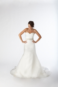 Kirstie Kelly Signature Bridal Gowns