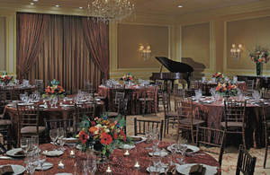 Hotel in Cleveland, Downtown Cleveland Hotel, Cleveland Weddings, Weddings in Cleveland