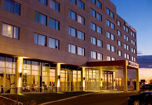 Hotels near Montreal Airport | Hotels Montreal Airport | Airport Hotels Montreal