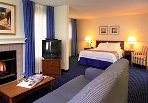 Disneyland hotel suites