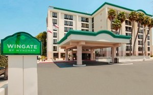 Wingate by Wyndham Los Angeles International Airport