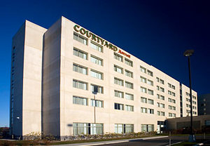 Montreal West Island Hotels | Hotels in West Island, Montreal - Courtyard Montreal Airport