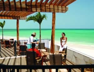 Las Brisas Restaurant & Lounge Bar at the Fairmont Mayakoba