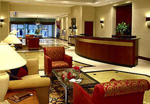 Toronto Hotels near Shopping