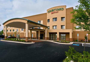 Waldorf Maryland Hotels