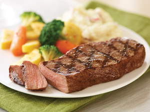 Applebee's 7 oz. House Sirloin, the most popular item on the Veterans Day menu for the past two years, will be on the menu again. Veterans and Active Duty Military eat free at Applebee's on Veterans Day.