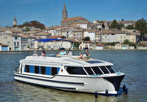 Le Boat Invests in New Fleet and Fleet Refurbishment