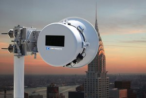 LightPointe AireBeam 70-80 GHz Ethernet backhaul solutions for e-band millimeter wave communications