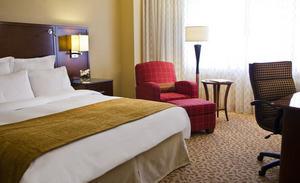 Pentagon City Mall hotels