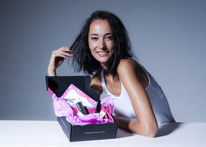 Lisa S, Co-founder, launches Glamabox to help Asian consumers connect with beauty brands from around the world.