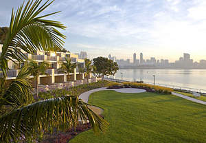 This popular Coronado resort features breathtaking views of the San Diego skyline.