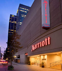 Luxury Downtown Toronto Hotels