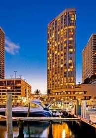 hoteles cerca de miami arts center