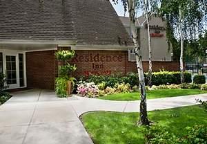 Stockton Accommodation | Hotel Accommodation in Stockton, CA