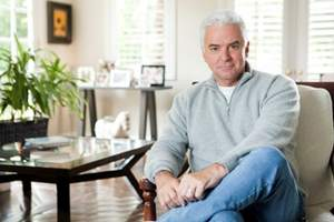 John O'Hurley, Seinfeld and Dancing with the Stars actor and TV personality, is the national spokesperson for the USAGE survey.