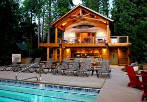 Evergreen Lodge at Yosemite pool house