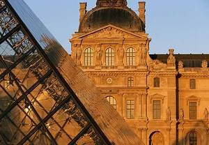 Paris hotels near Louvre Museum
