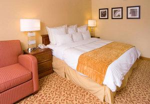 Hotels Lansing, MI