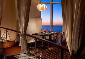 Restaurants in Singer Island