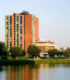 hotels near MIT