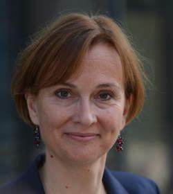 Christine Longin a été nommée correspondante pour la France au sein de l'agence de presse dapd à partir du 1er septembre 2012.